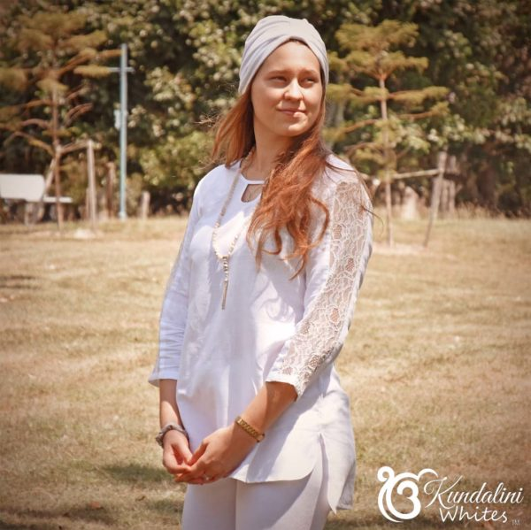 Lace sleeve tunic in linen blend