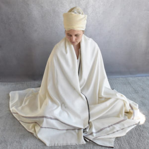 Meditation prayer shawl extra large wool patterned
